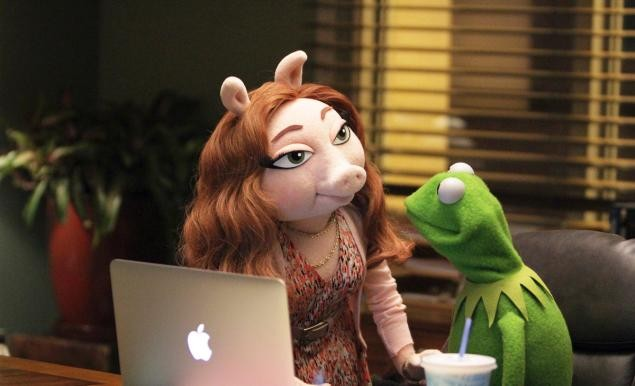 Controversial New Muppet Celebrity Relationship With Newcomer Denise | denise