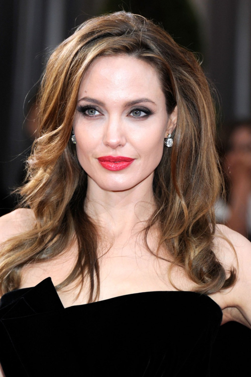 Angelina Jolie Urges World To Help In Solving ISIS' Rape Policy | Angelina Jolie