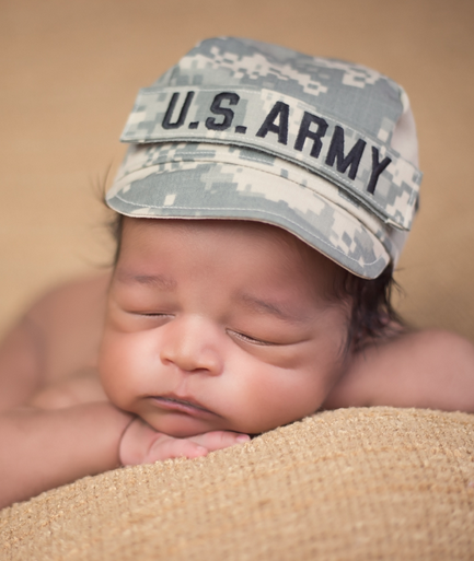 10 Soldiers Breastfeed In Uniform To Raise Awareness | Breastfeed