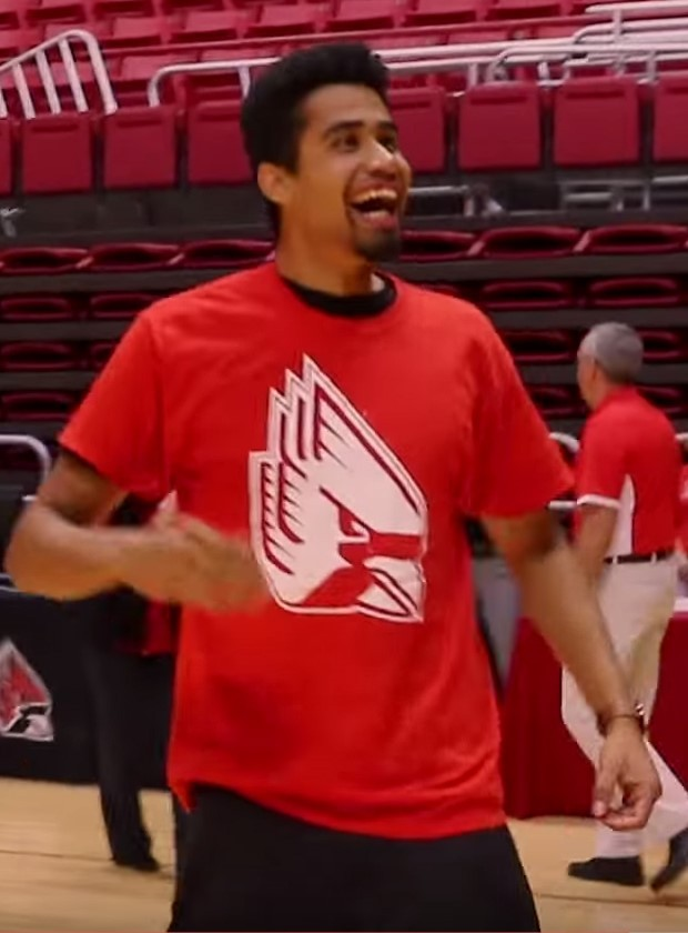 Student's Half-Court Free Throw Earns Him Free College Tuition | tuition