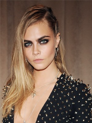 Cara Delevingne Thinks Richard Madden Should Keep To Himself | Madden