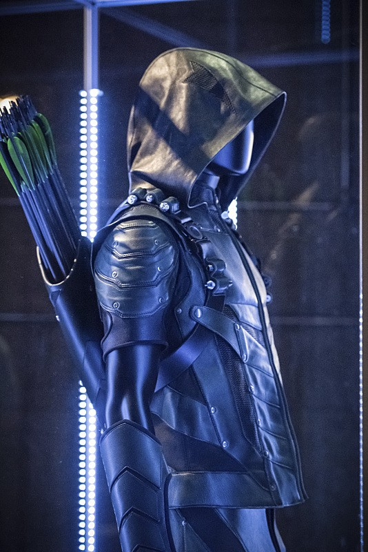 Season 4 Stills And Premiere Synopsis Revealed For CW's Arrow | Arrow
