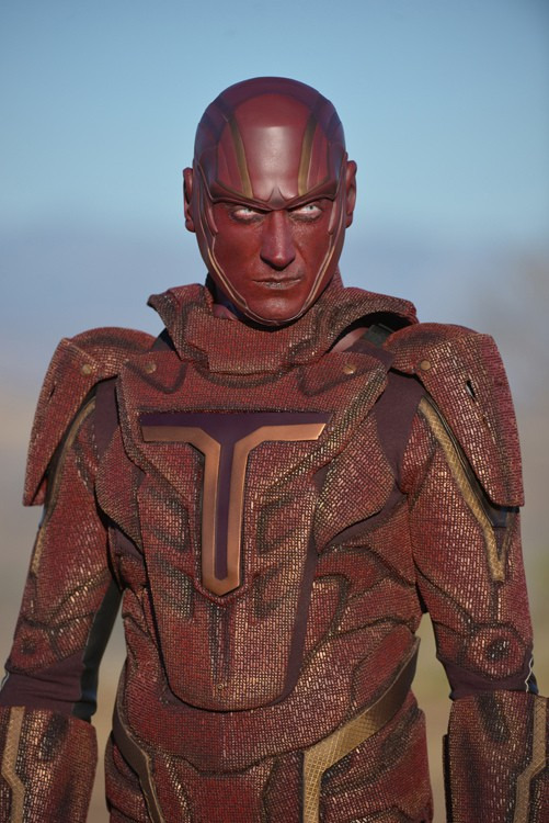 First Photo Of Iddo Goldberg as Supergirl's Red Tornado | Red Tornado