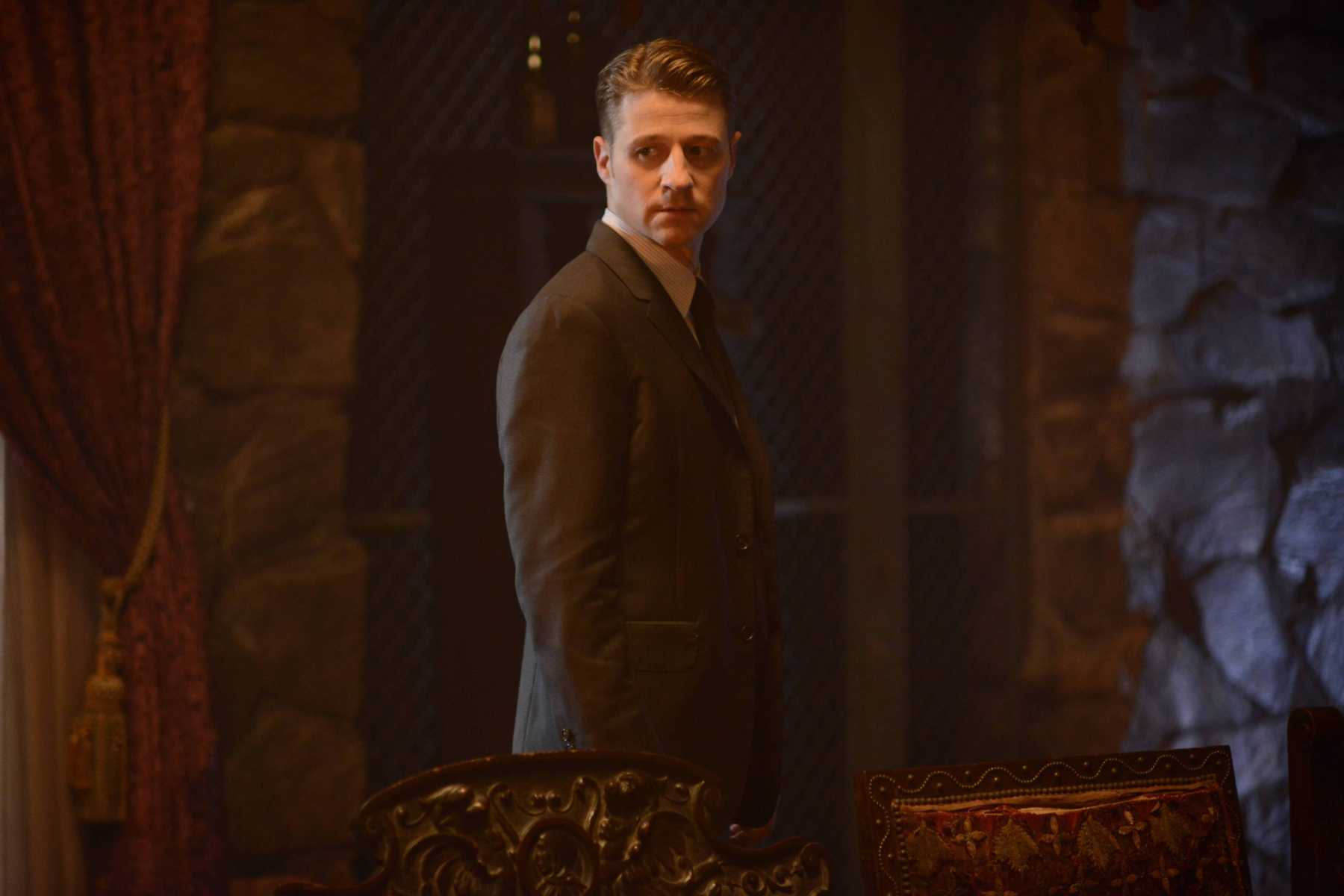 Gotham: 02x01, Rise Of The Villians: Damned If You Do | damned if you do