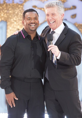 Alfonso Ribeiro Guest Hosting Dancing With The Stars While Tom Bergeron Stays By Sick Father's Side | Alfonso