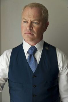 Damien Darhk To Appear In 'The Flash' and 'Legends of Tomorrow' | Damien Darhk