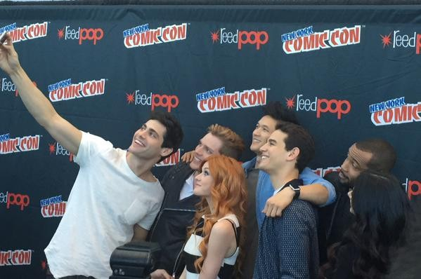Shadowhunters Cast Says Fans Will Fall In Love With New Fantasy Series | Shadowhunters
