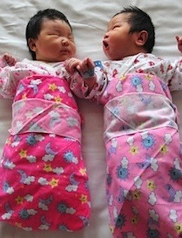 China Modifies Its One Child Policy | One Child