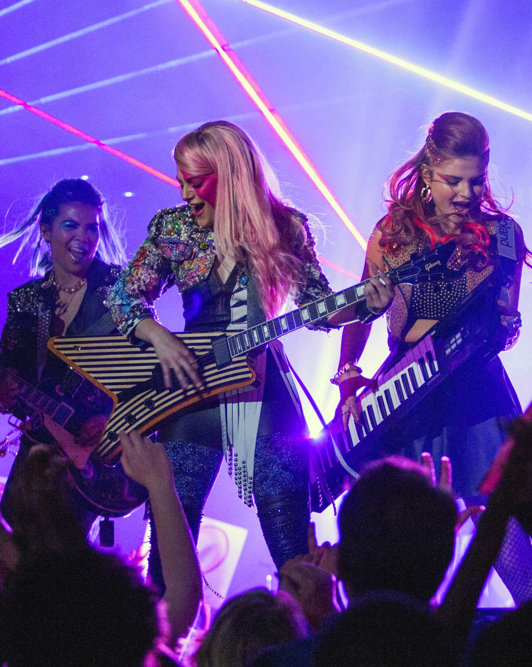 Jem And The Holograms Yanked From Theaters After Just Two Weeks | Jem