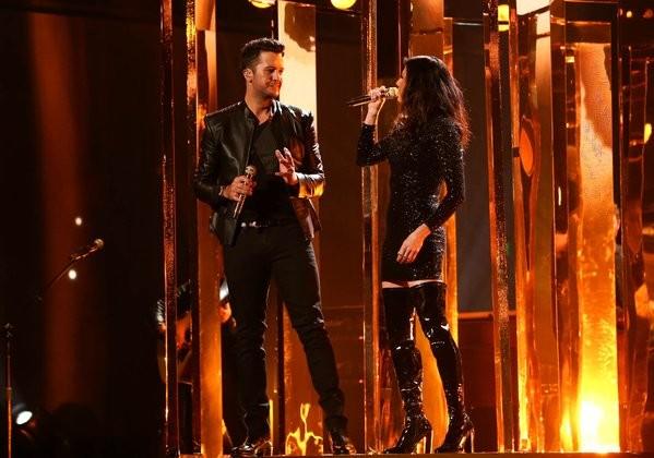 Ranking The 2015 American Music Awards Performances From Worst To Best | American Music Awards