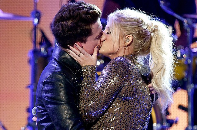 Meghan Trainor And Charlie Puth Share Steamy Kiss At The AMAs | Charlie Puth