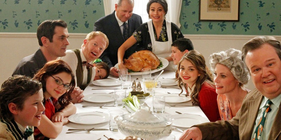 Top 10 Dysfunctional TV Family Thanksgiving Dinners | Thanksgiving