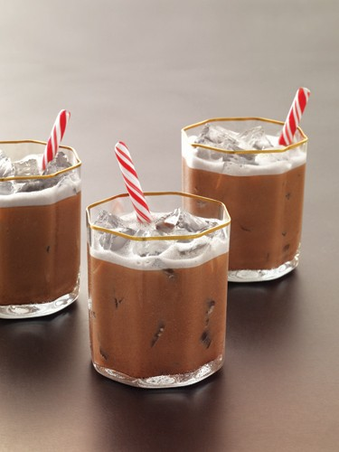 10 Holiday Cocktails To Help You Survive The Season | cocktails