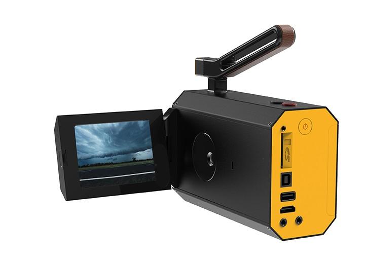 Kodak Reboots Classic Super 8 Camera At CES | Super 8