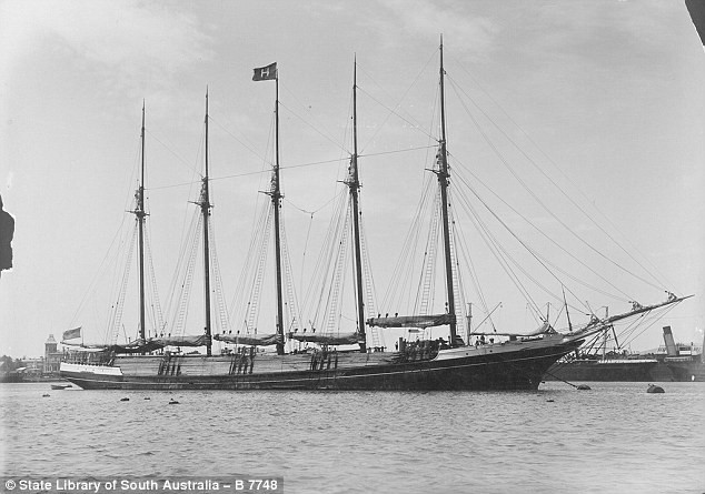 Searchers for Lost Flight 370 Find 1900's Shipwreck | Flight 370
