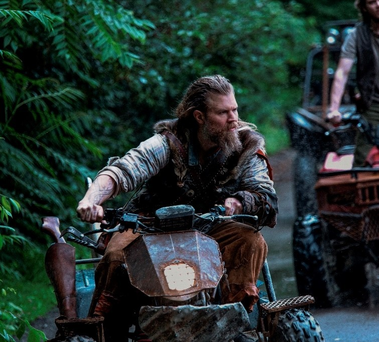 A Q&A With The Cast: Step Off The Grid And Into WGN's 'Outsiders' | Outsiders