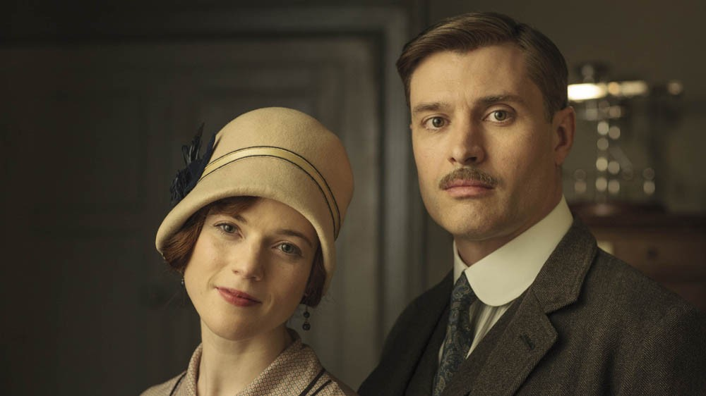 Downton Abbey: 06x04, Courtships And Blasts From The Past | Downton