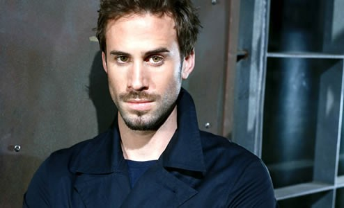 Joseph Fiennes Cast As Michael Jackson In Upcoming Film | Joseph Fiennes