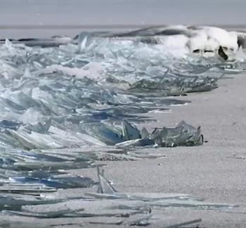 Photographer Captures Ice Shattering On Lake Superior | Lake Superior