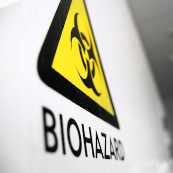 Nurse Who Suffered From Ebola Hospitalized With Complications | ebola
