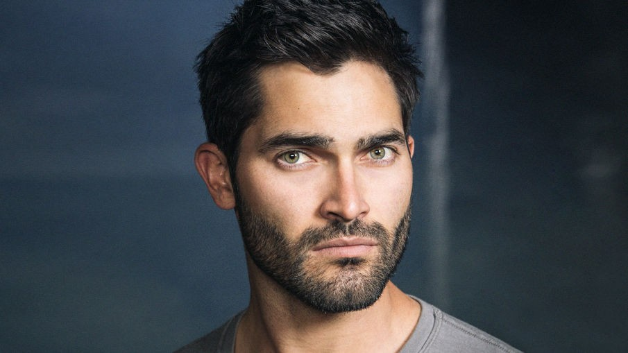 Teen Wolf Star Tyler Hoechlin Added To Fifty Shades Sequels | Tyler Hoechlin