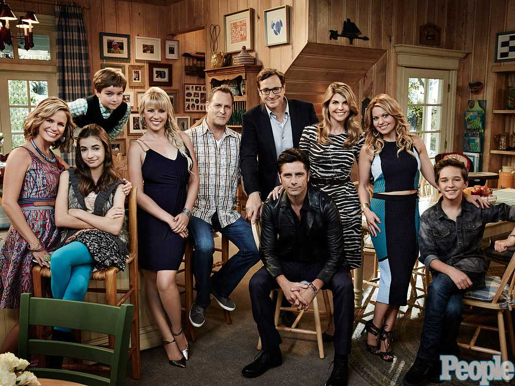 Fuller House Renewed For A Second Season | Fuller House