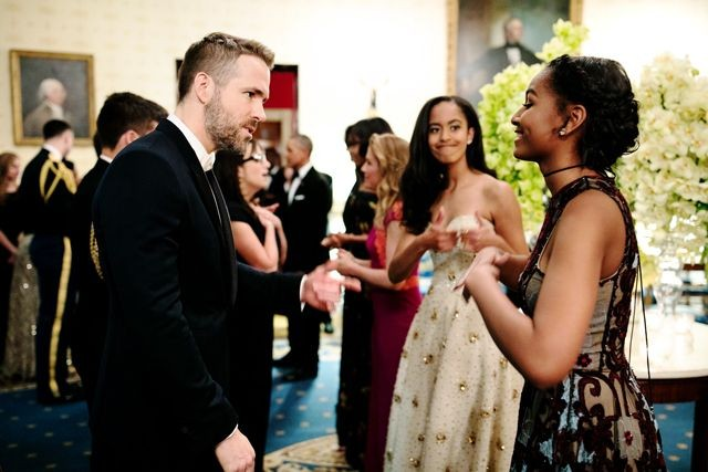 Malia Obama Gives Sister Sasha Thumbs-Up When She Meets Ryan Reynolds | Malia Obama
