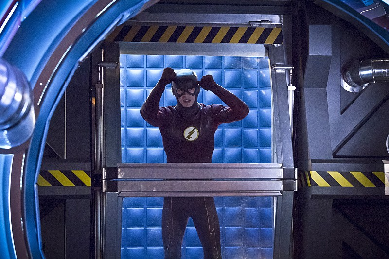 The Flash: 02x16, Trajectory | Trajectory