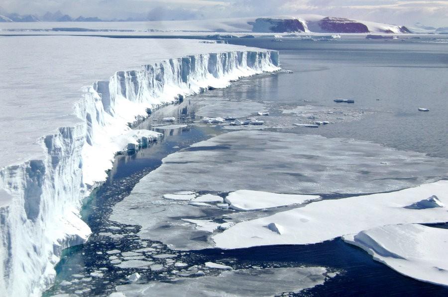Melting Of Antarctic Ice Shelf Could Raise Seas Up To 6 Feet | Melting