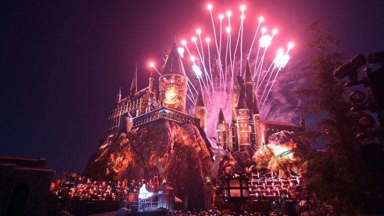 Harry Potter-Inspired Fan Fiction Paves The Way To LA's Wizarding World | harry Potter