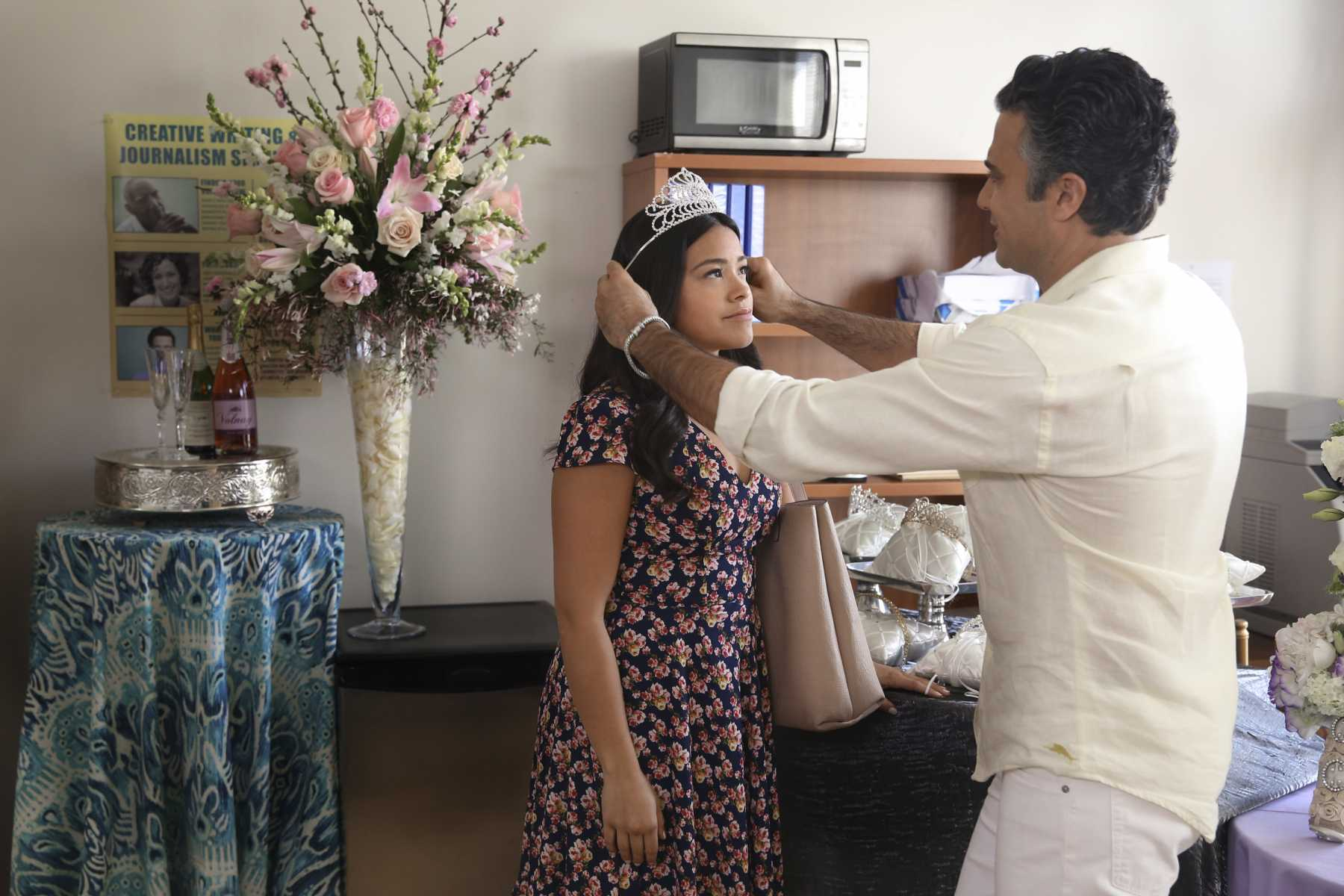 Jane The Virgin, 02x18: Chapter Forty | Virgin