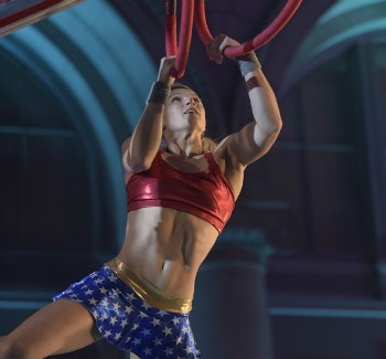 'Supergirl' Stuntwoman Completes American Ninja Warrior L.A. Qualifier Looking Like Wonder Woman | American Ninja Warrior