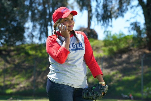 The Mindy Project: 04x23, There's No Crying In Softball | No Crying