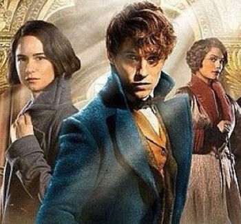 Newt Scamander Views New York In New Fantastic Beasts Poster | scamander
