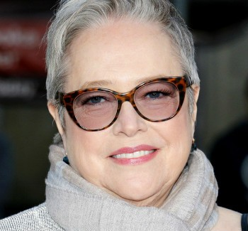 Kathy Bates To Star In New Stoner Comedy For Netflix | Bates