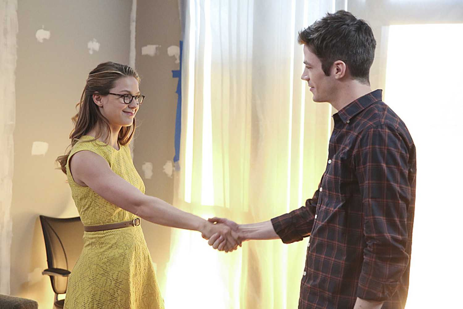 A Musical Crossover Of The Flash And Supergirl Is Official   musical crossover