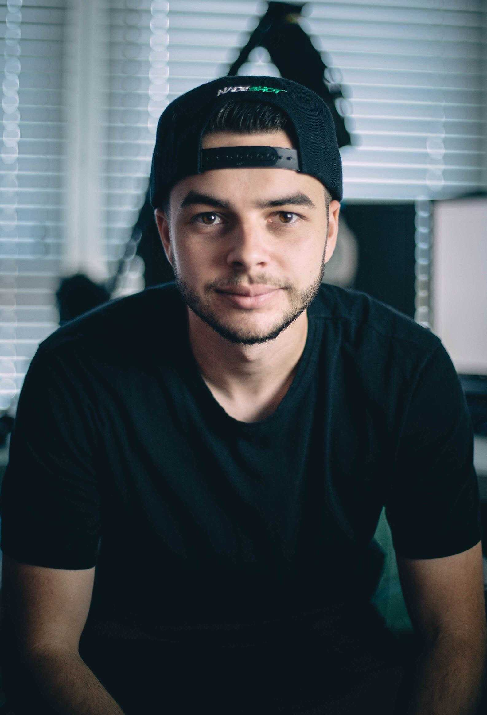 The 28-year old son of father Jeff Haag and mother Christina Haag Nadeshot in 2020 photo. Nadeshot earned a  million dollar salary - leaving the net worth at 2 million in 2020