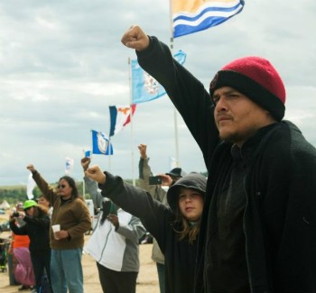 Native American Activists Take On Construction Of Oil Pipeline | pipeline