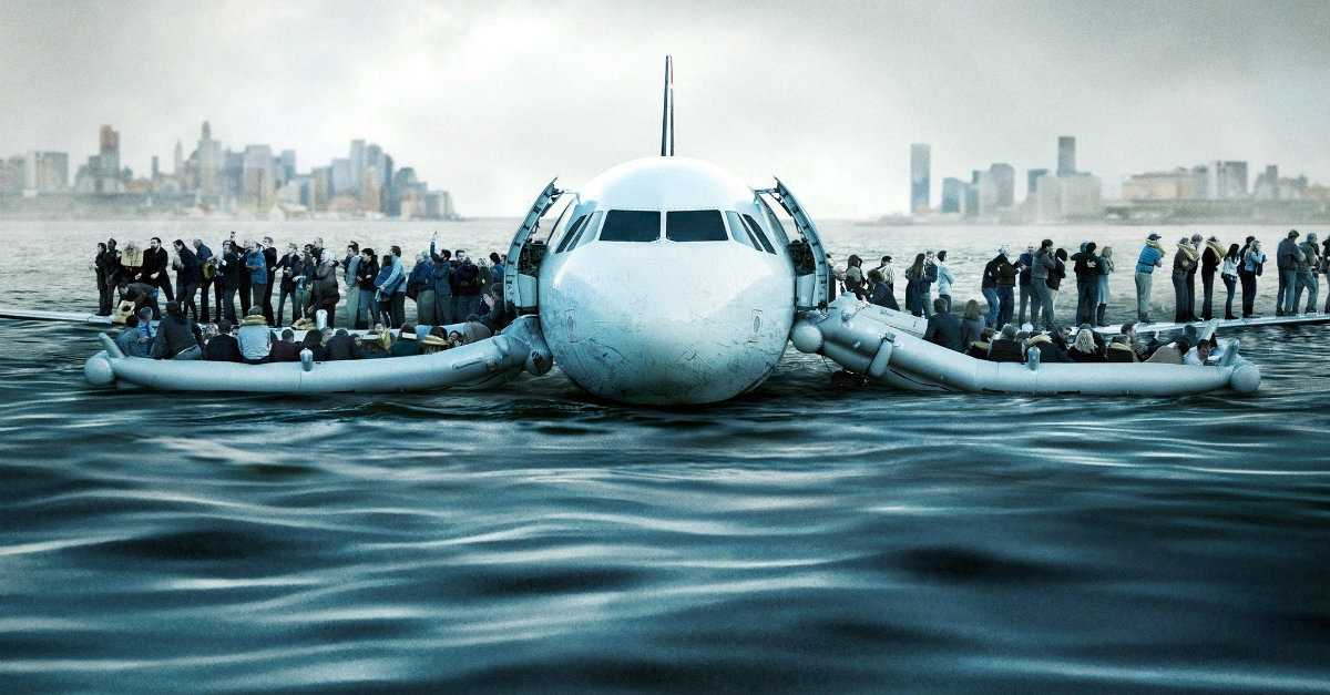 Review: Sully Depicts A Rough Ride, And Not Just On The Airplane   Sully