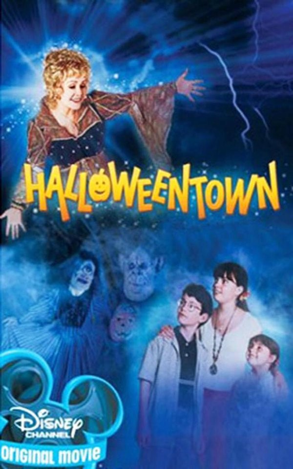 Halloweentown Is REAL In St. Helens, Oregon | Halloweentown
