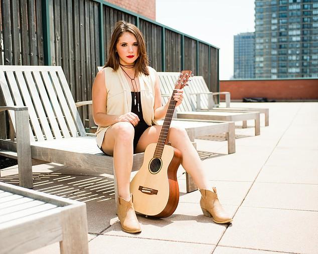 Country Music Artist Lauren Davidson Releases New EP | Lauren Davidson