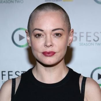 Rose McGowan Opens Up About Being Raped By A Hollywood Executive | Hollywood Executive