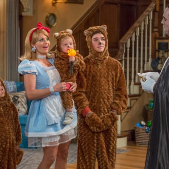 New Fuller House Trailer And Season 2 Premiere Date Released | Fuller House Trailer