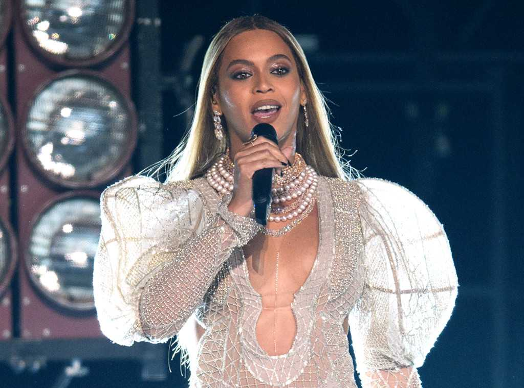 Beyonce's CMA Performance Tarnished By Online Racism | Beyoncé