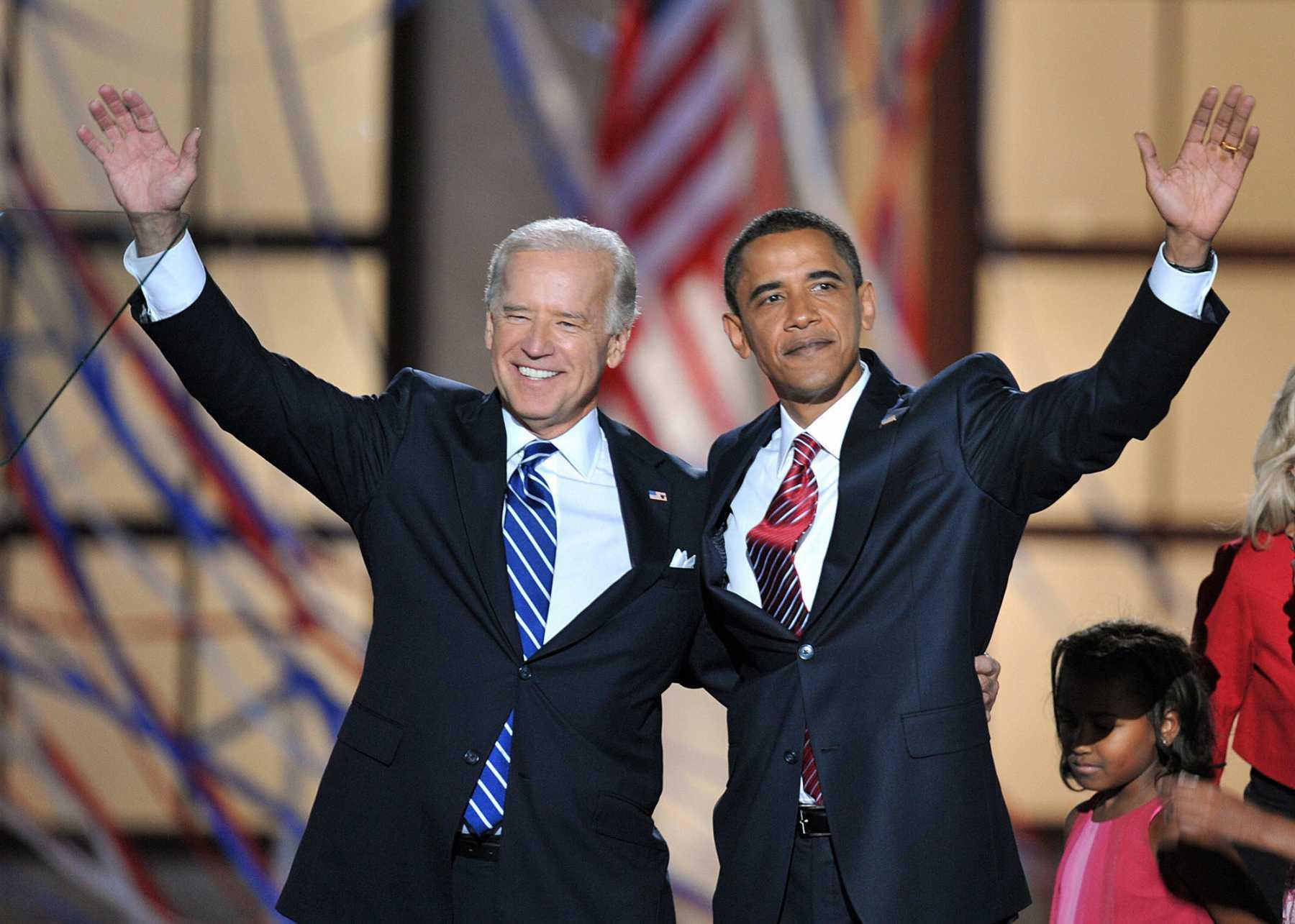 Hilarious Obama/Biden Memes Take Over Internet | Biden