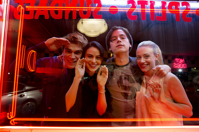 First Trailer For 'Riverdale' Shows Us The Darker Side Of Archie | Archie