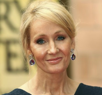 JK Rowling Tweets Heartfelt 12-Part Christmas Message | christmas