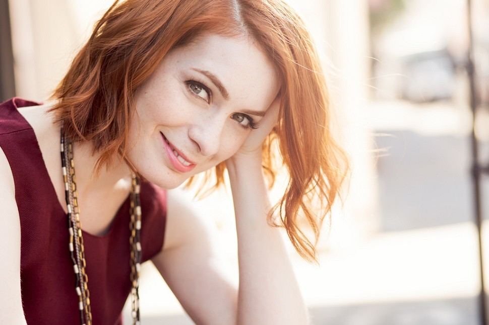 Felicia Day Casually Drops A Tweet About Her Pregnancy | felicia