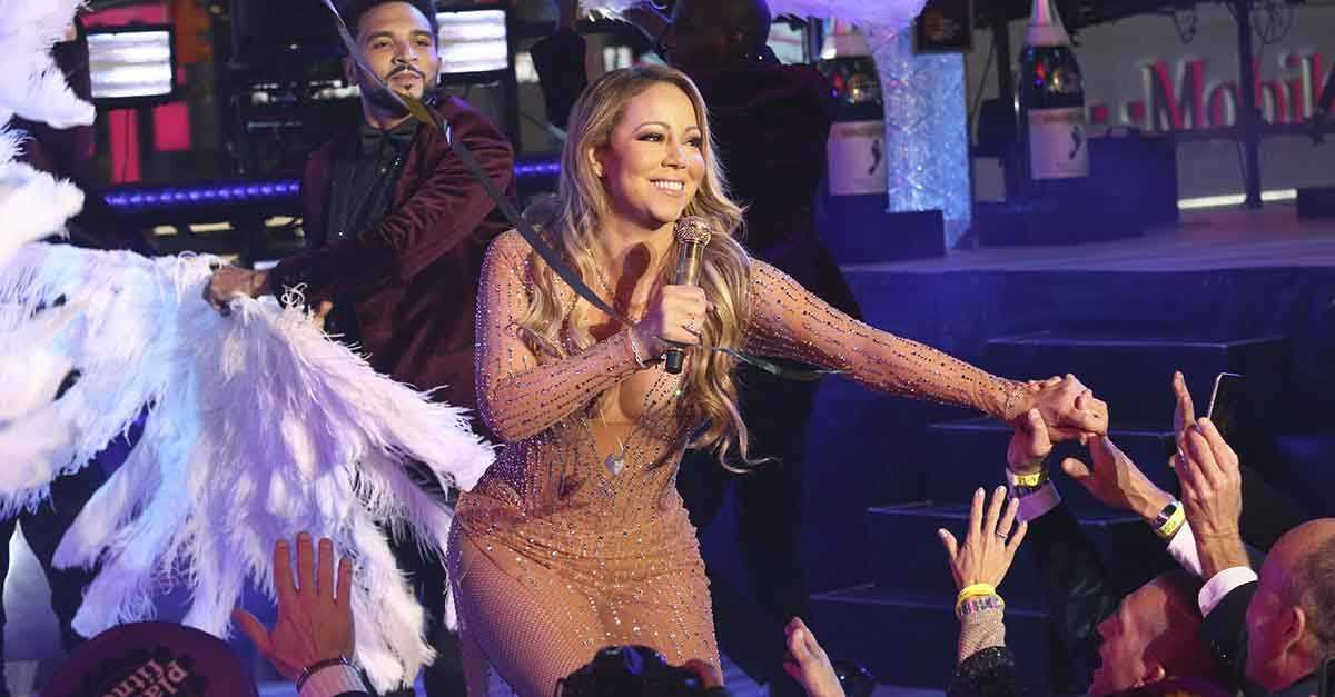 Mariah Carey's Manager Defends Singer's NYE Meltdown | Carey