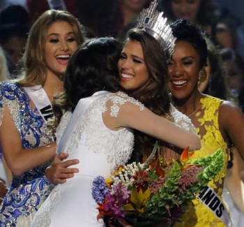 Miss France, Iris Mittenaere, Wins The Miss Universe Crown | Miss Universe